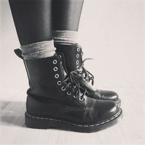 chunky-combat-black-boots