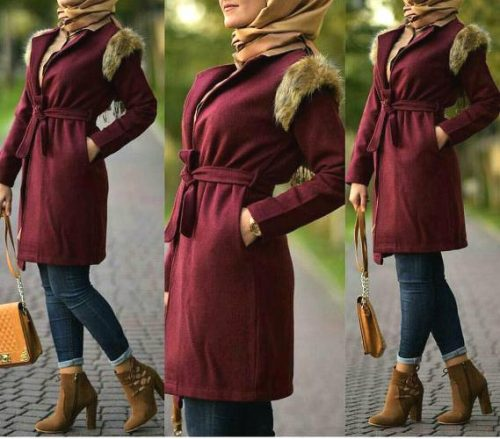 maroon-coat-with-fur-hijab-look