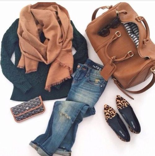 navy-sweater-with-cognac-scarf