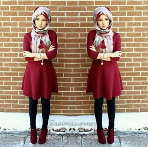 shord-maroon-dress-with-ankle-boots-hijab