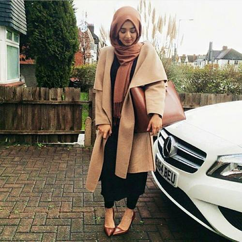 tan-waterfall-coat-hijab-outfit