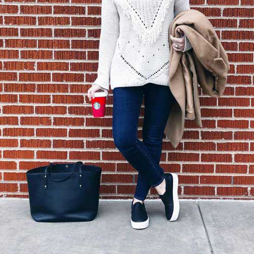white-knit-sweater-outfit