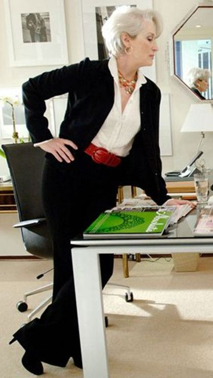 meryl-streeps-suit-in-the-devil-wears-prada