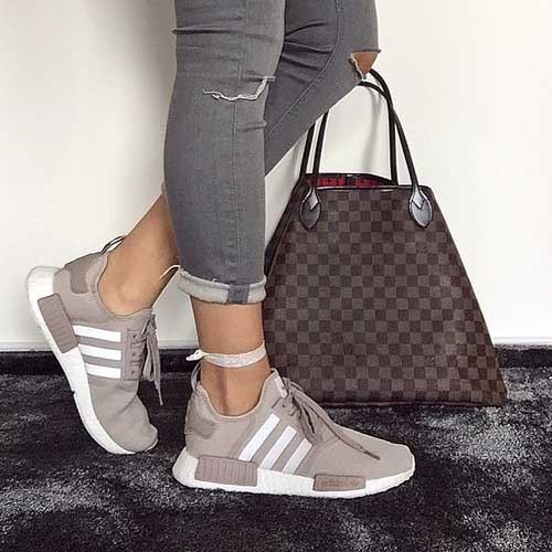adidas-boost-with-louis-vuitton-bag