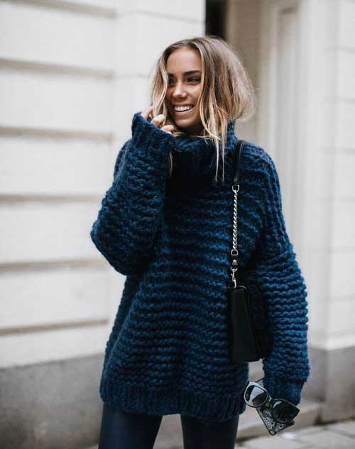 blue-chunky-oversized-sweater