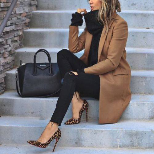 Womens Camel Shoes Outfit