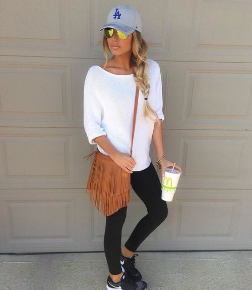 How to rock the athleisure trend u2013 Just Trendy Girls