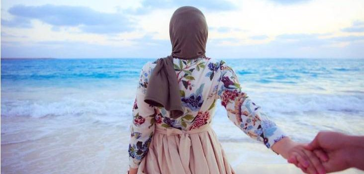 Hijab outfits for the beach