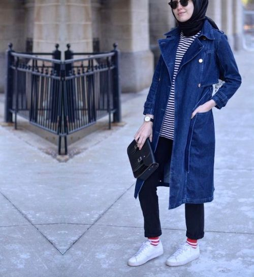 e468144449 Long Jean Jacket Outfit · How to wear the oversized jean jackets with hijab  u2013 Just Trendy Girls