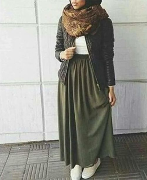 How To Style The Olive Green Outfits With Hijab Just