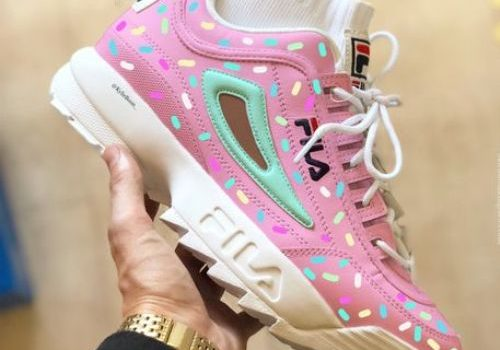 Best comfortable sneakers for girls