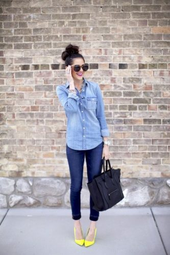 How To Match The Denim Shirt: To Look Trendy Tips