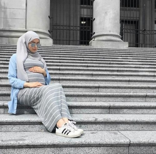 Pregnant style by hijab fashion bloggers   Just Trendy Girls